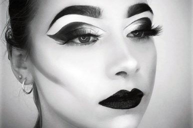Black & White Photography Makeup Lesson